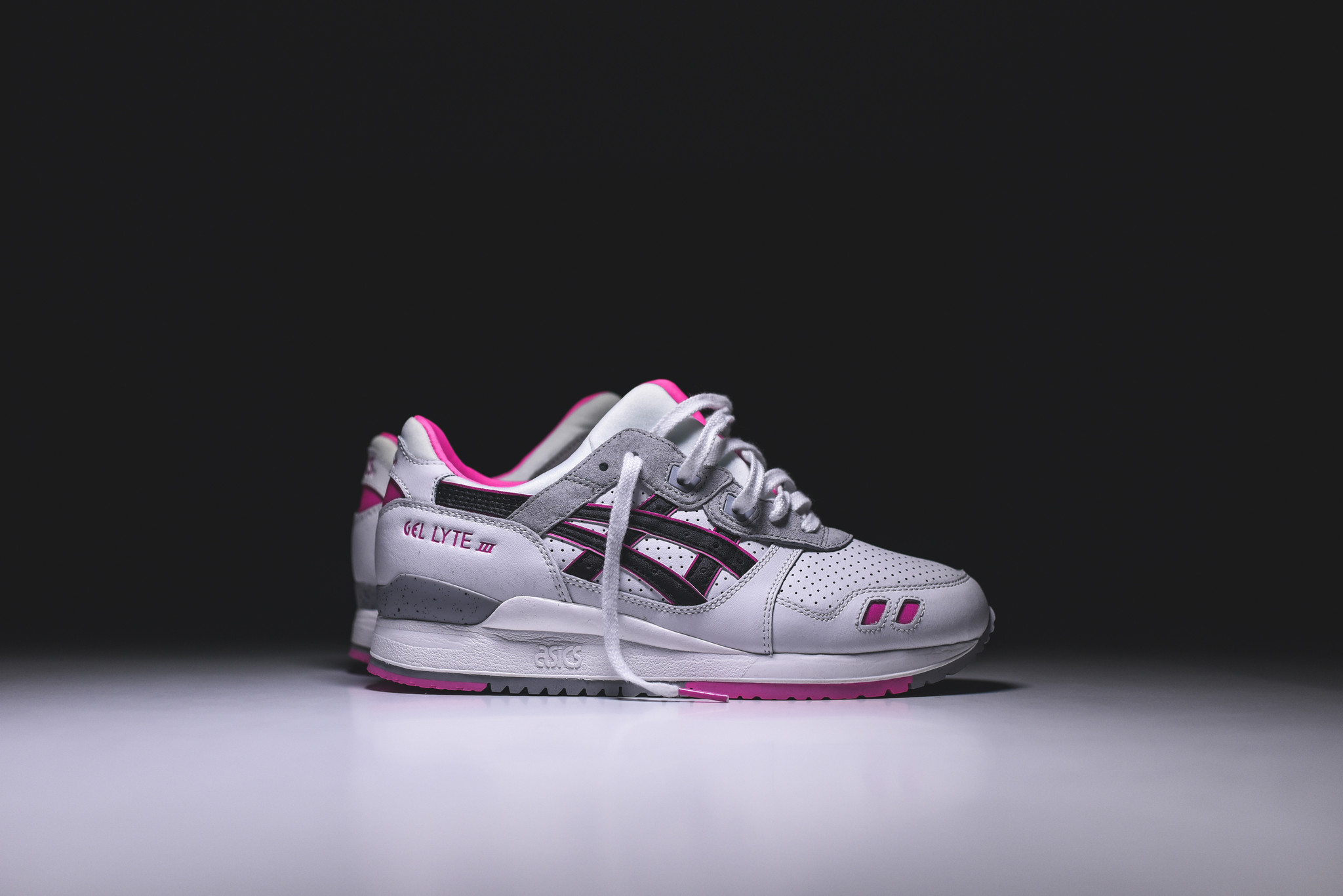 Asics Gel Lyte III - White/Black/Pink